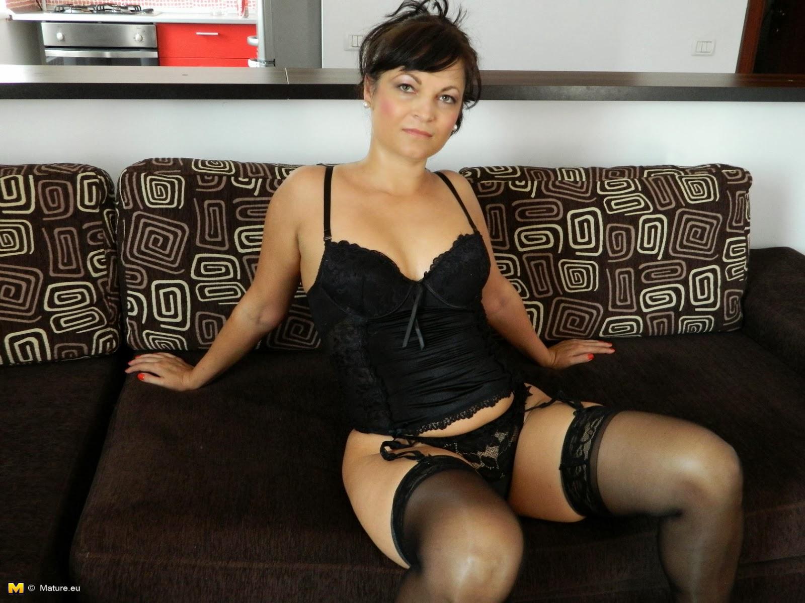 Mature Lovers European Mama In Black Stockings On Sofa