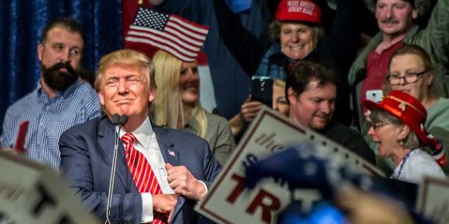 Buktikan janji, Trump larang masuk warga dari tujuh negara muslim
