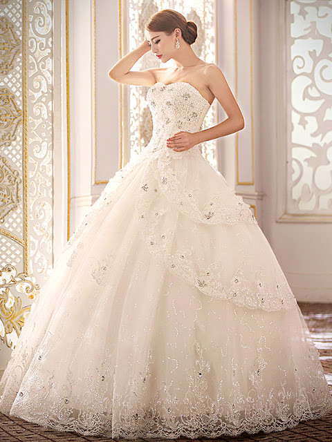 Classy Sweetheart Beading Appliques Lace-Up Ball Gown Wedding Dress