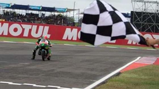 Sedih Tengok Adam Norrodin Tolak Motor Hingga Garis Penamat MotoGP