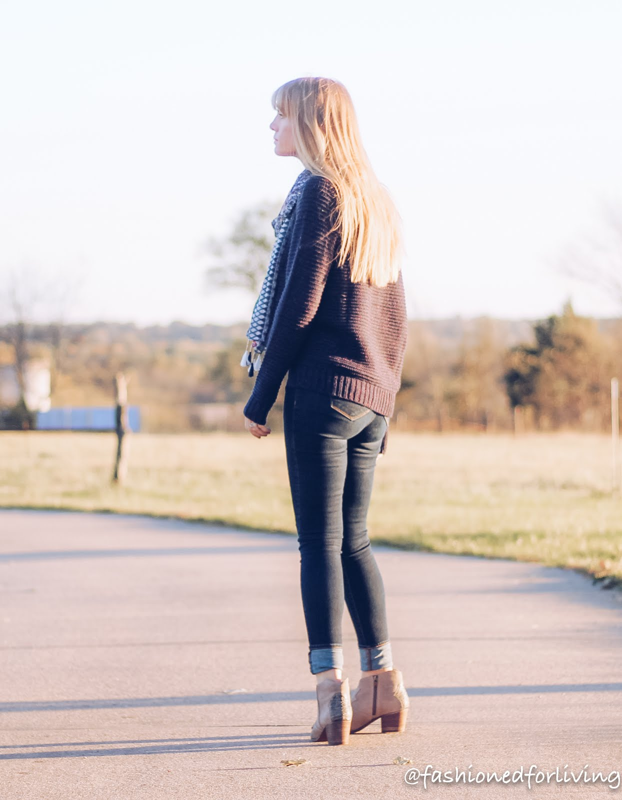 tonal jeans outfit