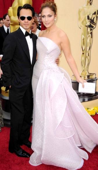 Foto de Marc Anthony muy elegante con Jennifer López