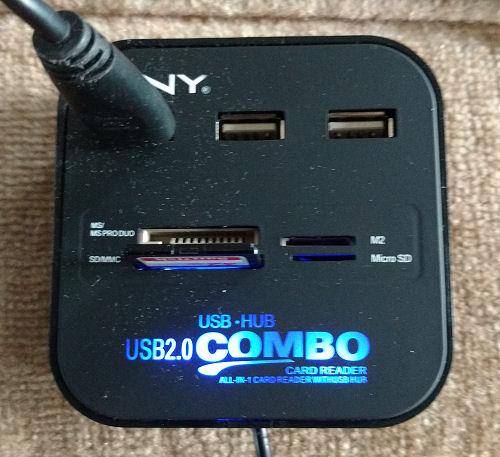 square USB hub