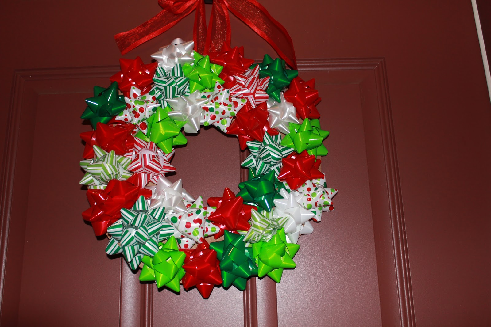 simply made with love: Gift Bow Wreath Tutorial