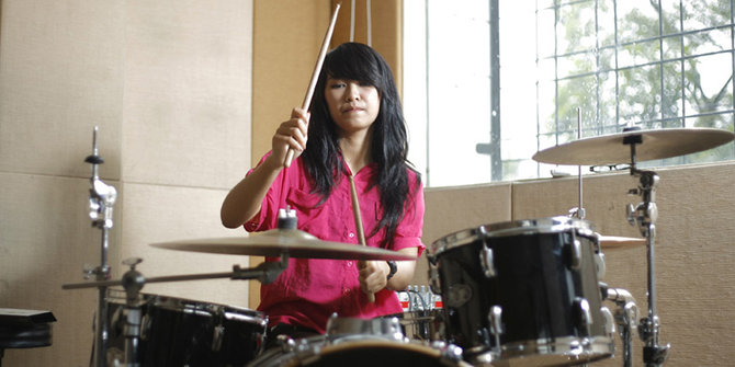 5 drummer cantik, daftar drummer cantik