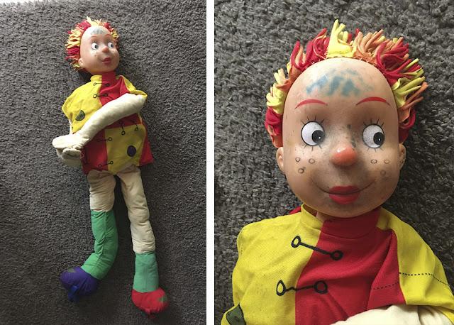 boneca Emília suja