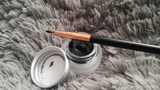 pedzel eyeliner z chin