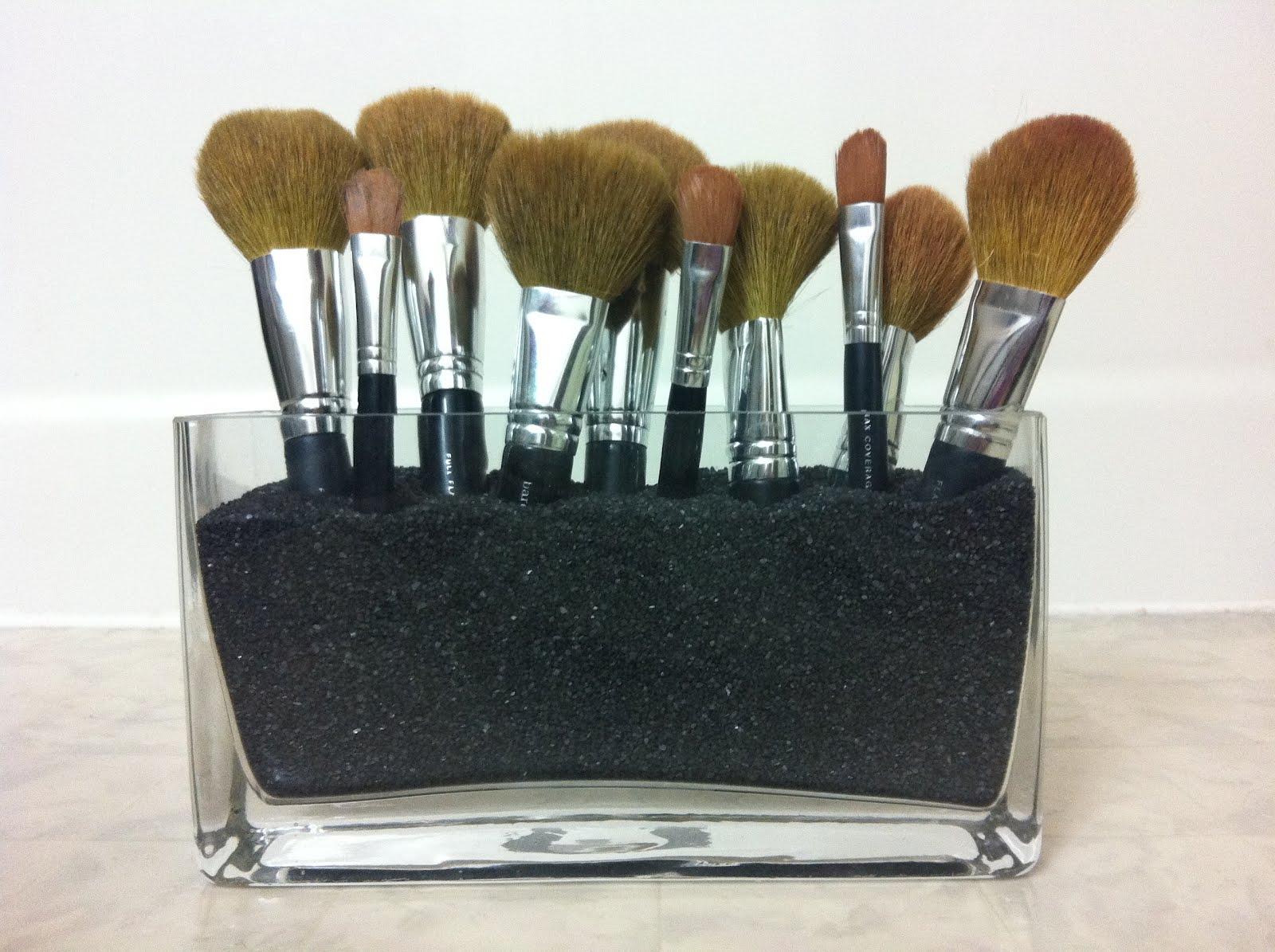 Crafts With Ash Makeup Brush Holder