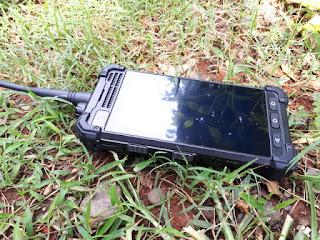Hape Outdoor Runbo M1 Walkie Talkie DMR VHF Seken Mulus Android 4G IP67 Certified