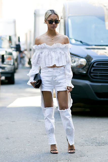 off the shoulder trend, cold shoulders, off the shoulder silhouette, ripped white jeans, off the shoulder top, off the shoulder bohemian, off the shoulder ruffled top, off the shoulder dress, off the shoulder knit, biggest spring trend 2016, street style, all white outfit,