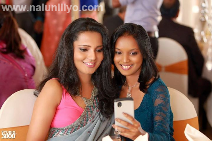 iphone selfie at Hirunika Premachandra on Her Wedding Day