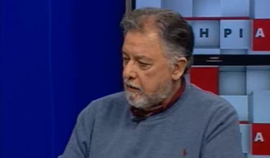Ο καθηγητής Γιάννης Πανούσης στο Αρτ