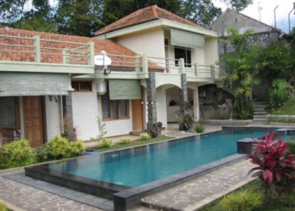 Villa Buena Vista Kota Wisata Batu Malang - Sewa Villa