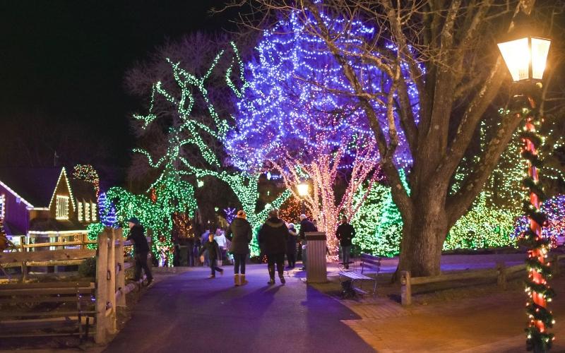 Peddler's Village in December - Peddler's Village In December A Hopeful Hood