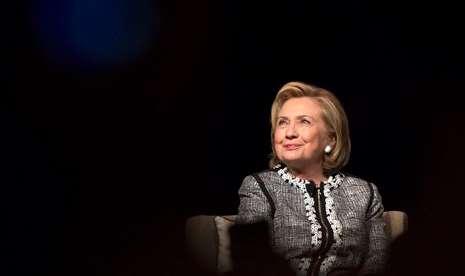 Donald Trump Tertinggal Lima Persen Dari Clinton