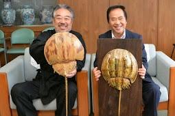 高木和安さん カブトガニの焼き物