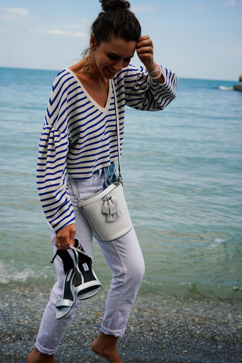 белая сумка-ведро