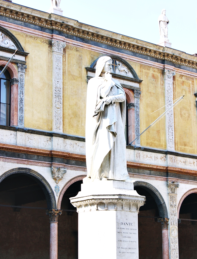 Dante's statue in Verona Italy