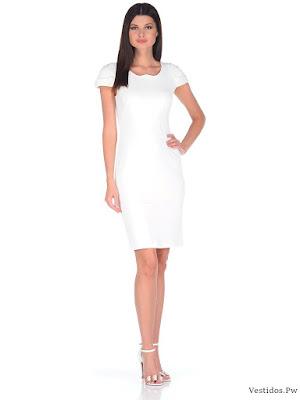 Vestidos casuales en blanco