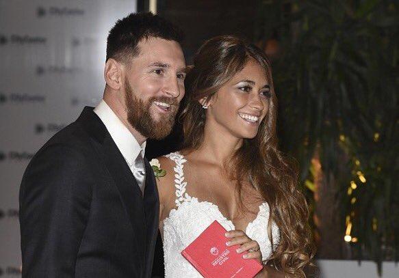 Không chịu kém Cris Ronaldo, Messi sắp làm bố lần 3