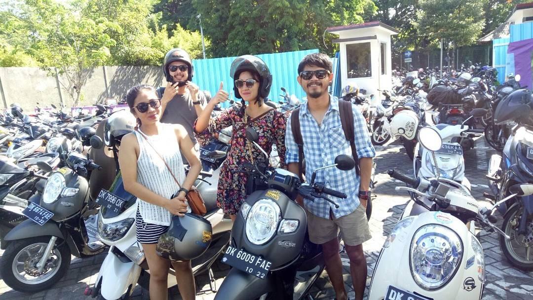 SEWA MOTOR DI BANDARA NGURAH RAI