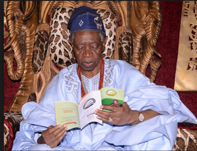 Olowo of Owo, Oba Olateru-Olagbegi is dead