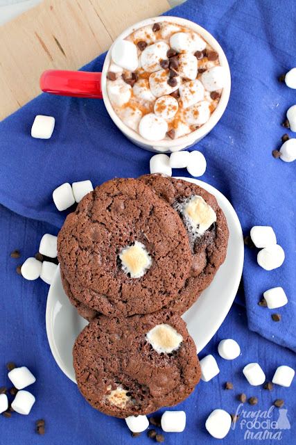 These rich, chewy Mexican Hot Chocolate Cookies are chock full of gooey marshmallows & chocolate chips with just a hint of cinnamon.