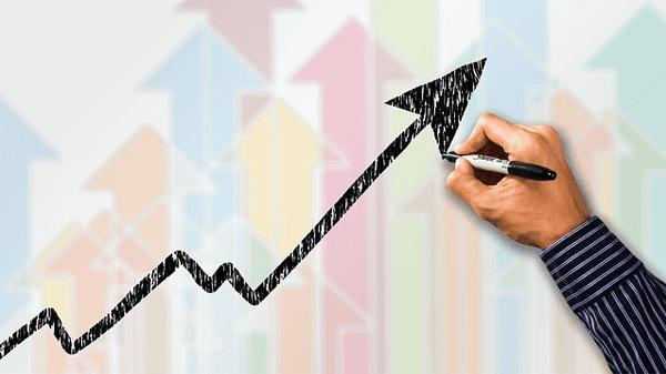 أسهم مصرية مازالت في إتجاه صاعد رغم تصحيح مؤشرات البورصة المصرية