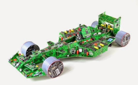 24-Racing-Car-Steven-Rodrig-Upcycle-PCB-Sculptures-from-used-Electronics-www-designstack-co
