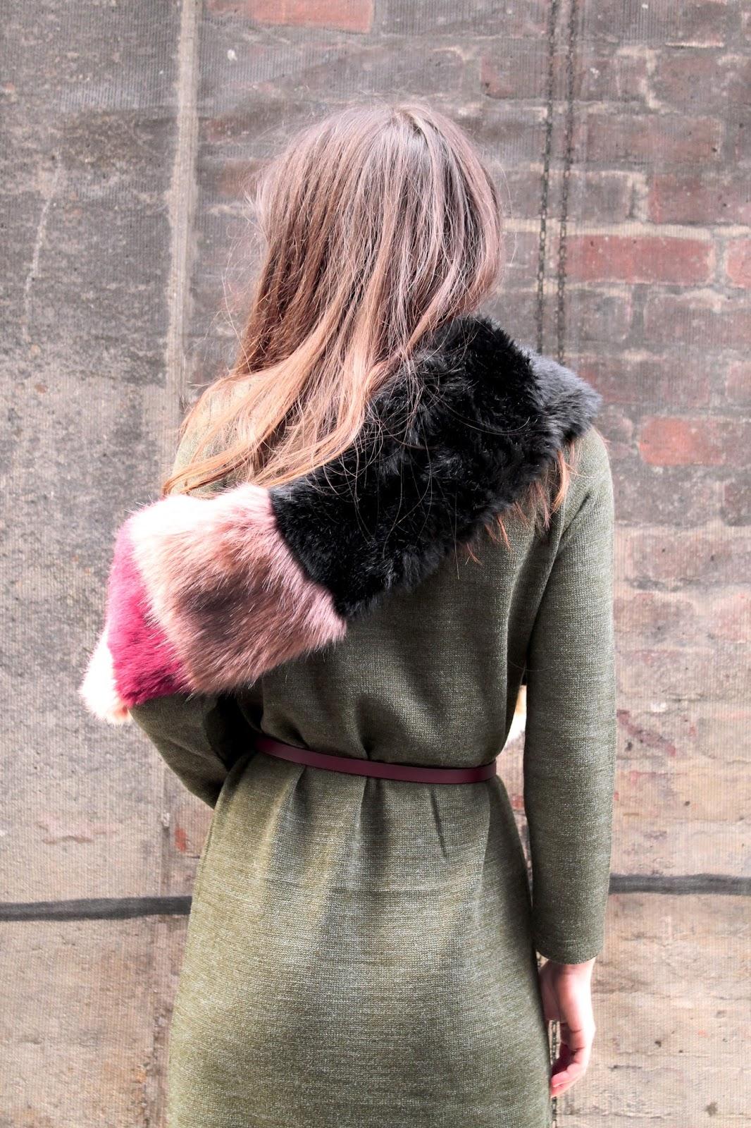 VIDEO clothing, knitwear, knit, fbloggers, knit dress, greek brand
