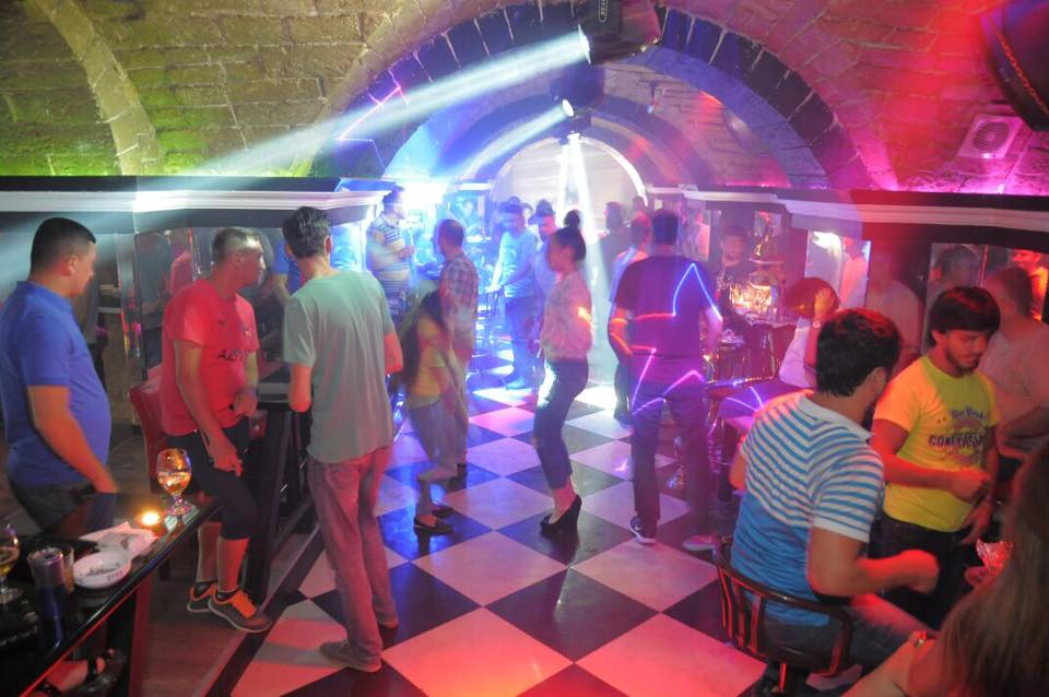 Baku Nightlife 20 Best Bars And Nightclubs 2020 Azerbaijan Jakarta100bars Nightlife Reviews Best Nightclubs Bars And Spas In Asia
