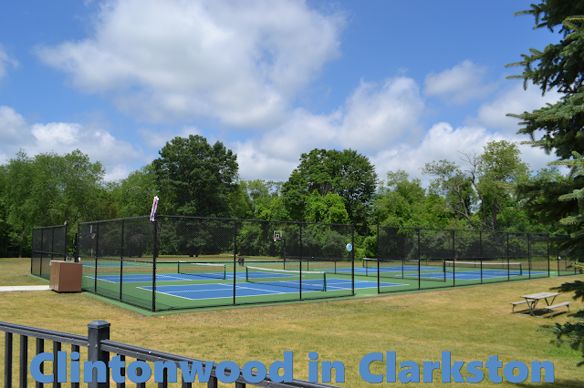 Tennis Court at Clintonwood Park