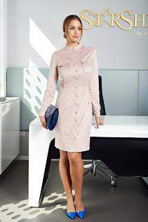 rochie-camasa confectionata dintr-un material usor catifelat1