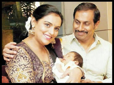 Shweta Menon with baby