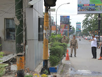 Wakil Wali Kota Pimpin Langsung Pembongkaran Pos Polisi Simpang Aksara
