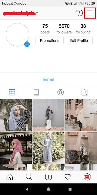 membuka profil instagram
