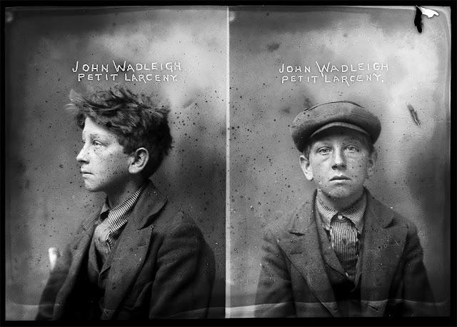 Fotoaufnahmen von Verbrechern aus dem frühen 20. Jahrhundert