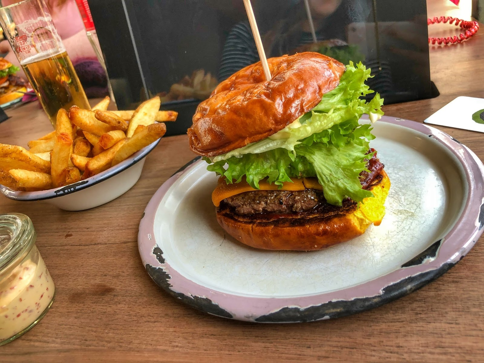 Finding a good burger in Cologne, Germany