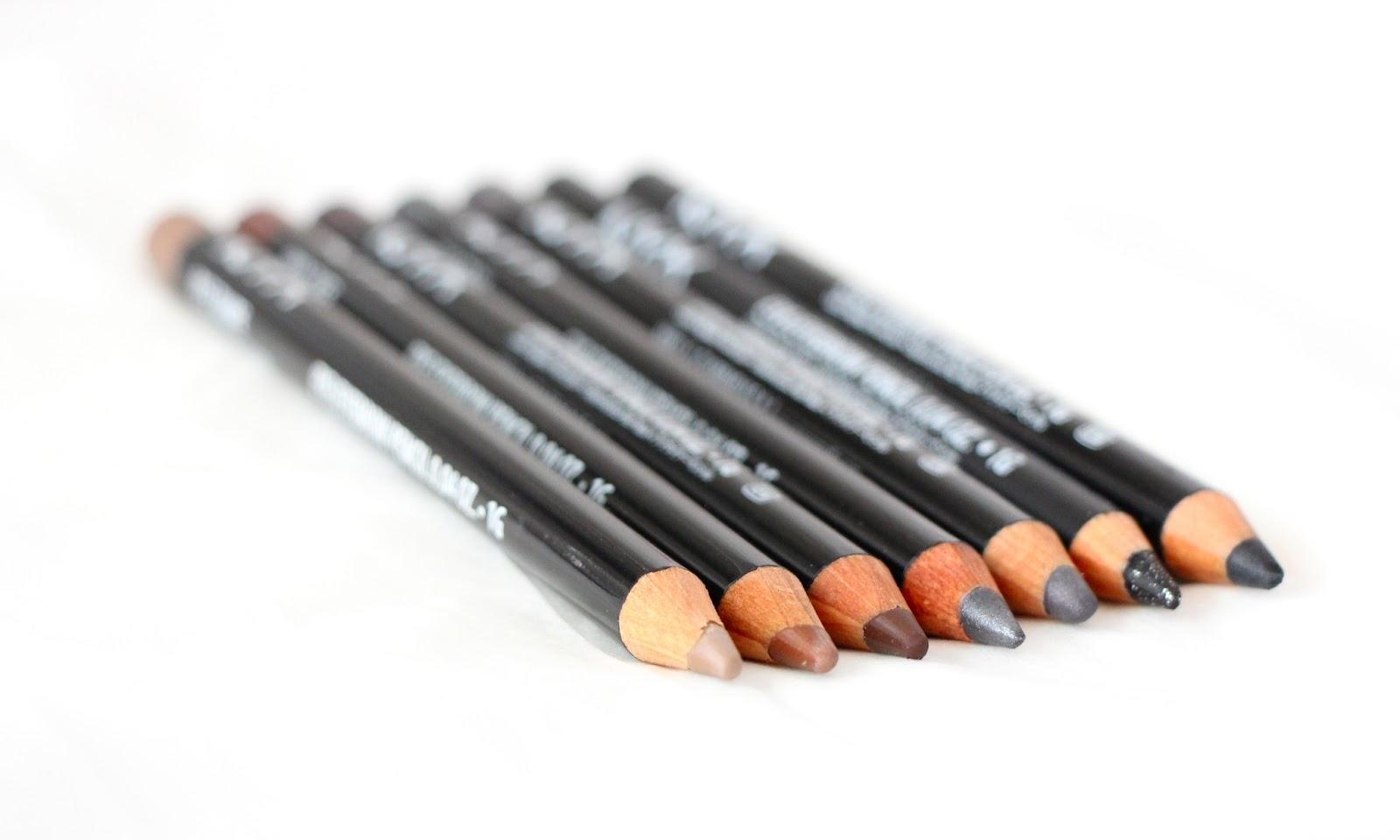 MakeupMarlin: NYX Eye/Eyebrow Pencil Dark Color