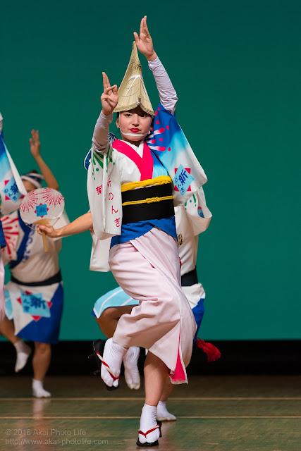 東京新のんき連、素敵な女踊りの踊り手の写真