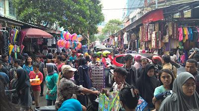 Pasar Jatinegara Jakarta