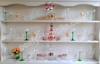 Find out more french vintage Kitchen Glassware Set in various nice motif and shapes