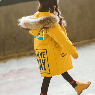 parka per bambinaabbigliamento per bambine dove acquistare on line abiti per bambine popreal mariafelicia magno fashion blogger colorblock by felym fashion clothes for girls  pelliccia ecologica per bambina cappotti per bambine