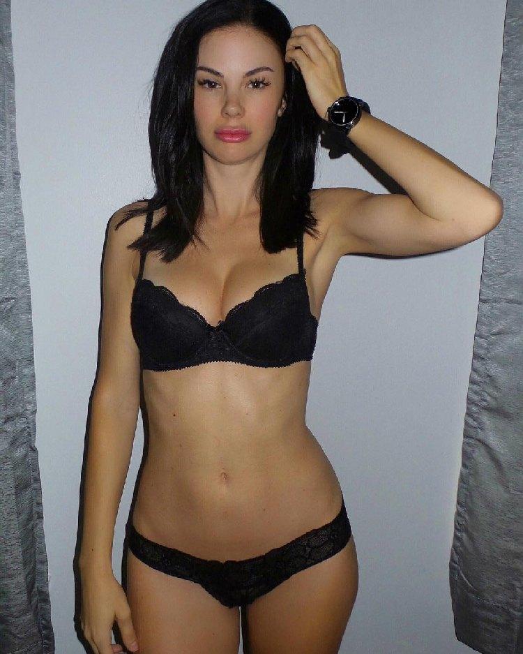 Jayde Nicole Canadian fitness