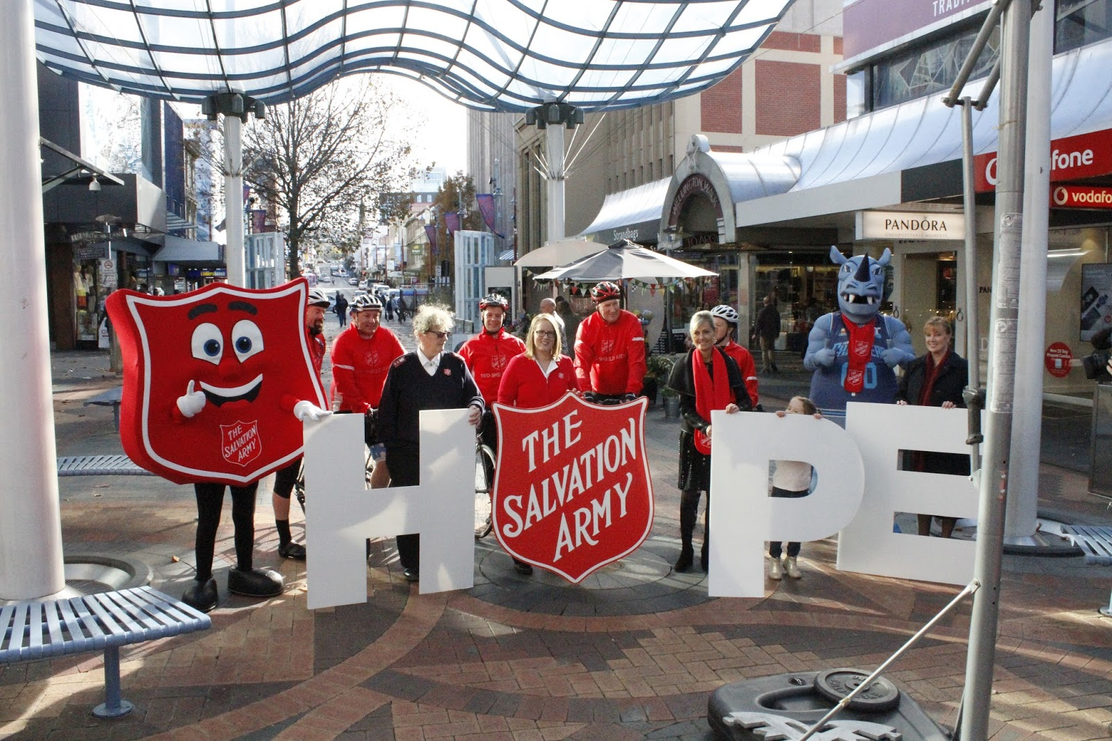 the salvation army australia hope where its needed most - HD 1600×1066