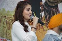 Anushka Sharma with Diljit Dosanjh at Press Meet For Their Movie Phillauri 057.JPG