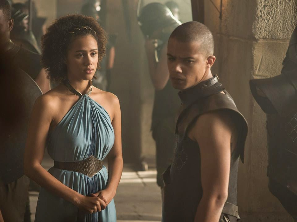Nathalie Emmanuel como Missandei e Jacob Anderson como Grey Worm.