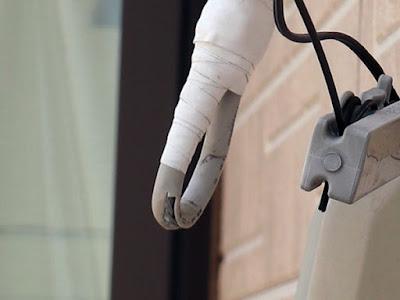 アンテナ修理 水漏れによる対策と思われる処置 コード被膜の解放処置