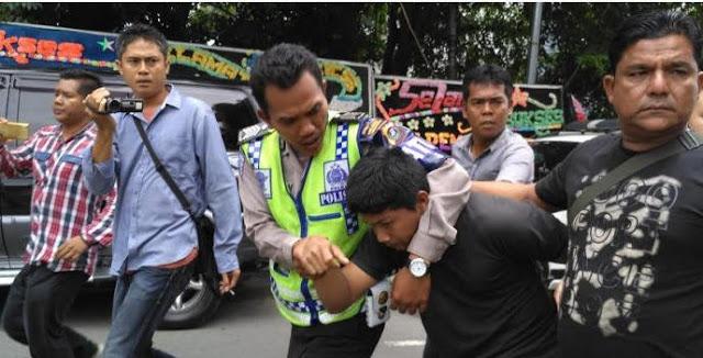 Eka Ramadhana, Muadzin yang Ditangkap Polisi Karena Minta Suara Acara Musik Dikecilkan Saat Adzan