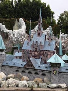 Storybookland Frozen Disneyland